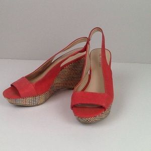 Anne Klein wedge colorful heel/coral top size 7.5